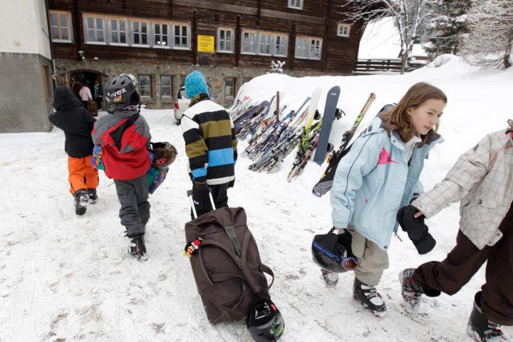 Camps remplacés par des journées d'activités dès la 9e année