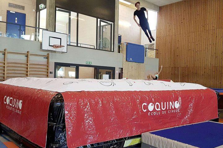 Le trampoline investit la patinoire