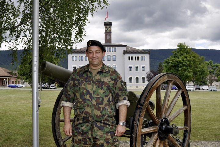 L'armée renforce ses positions