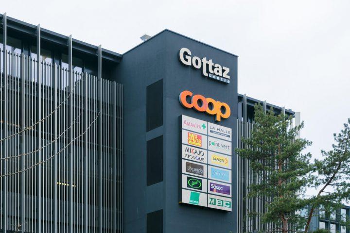 Direction la pharmacie pour la Poste de La Gottaz