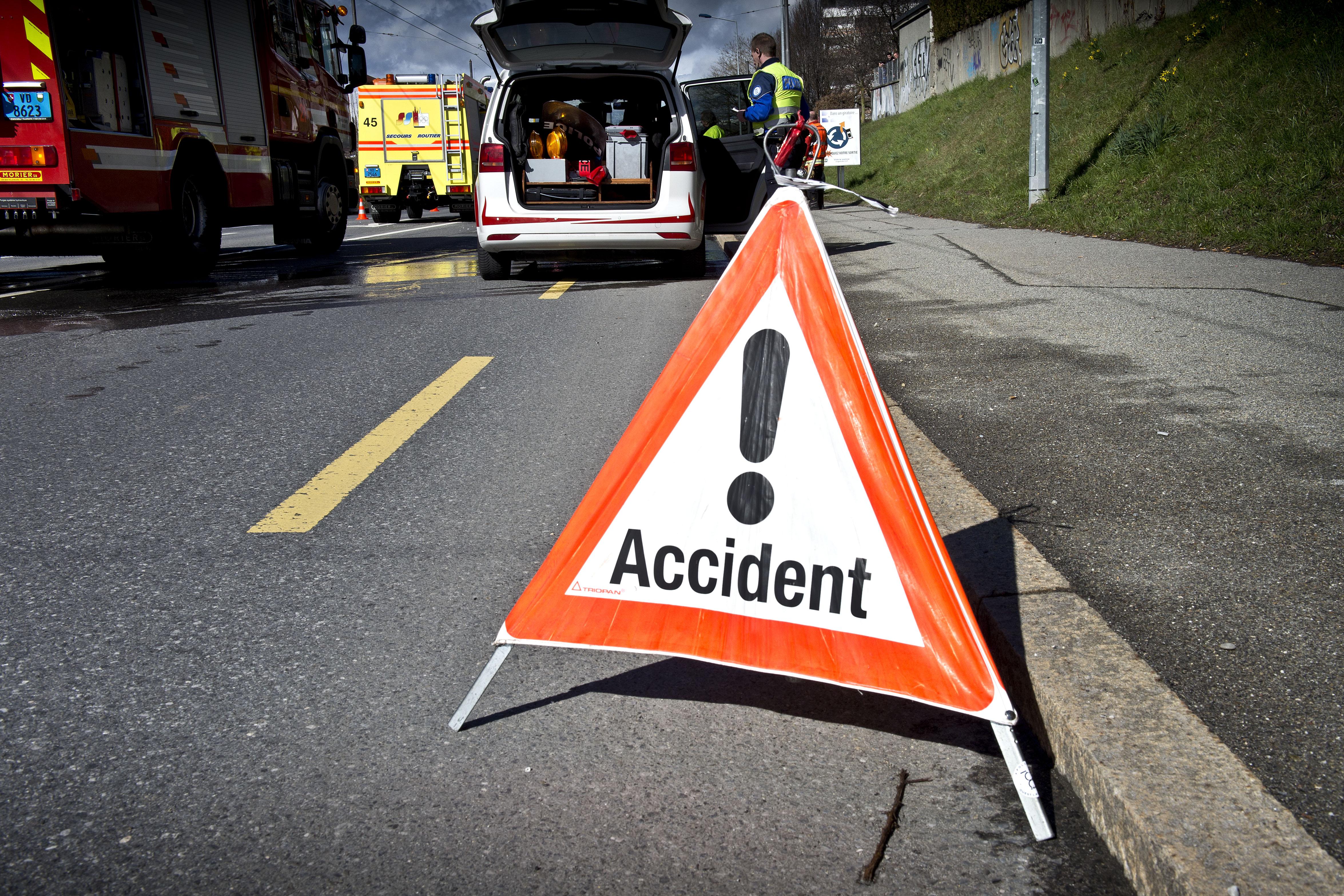 Un motard de 18 ans perd la vie à Cossonay