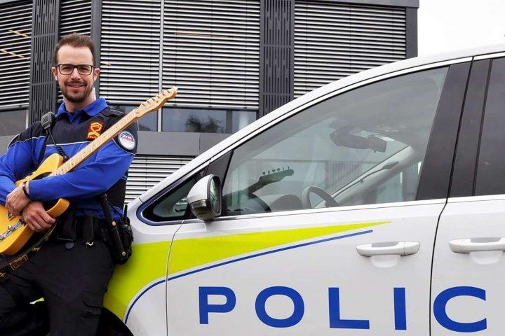 Quand Police rime avec poésie