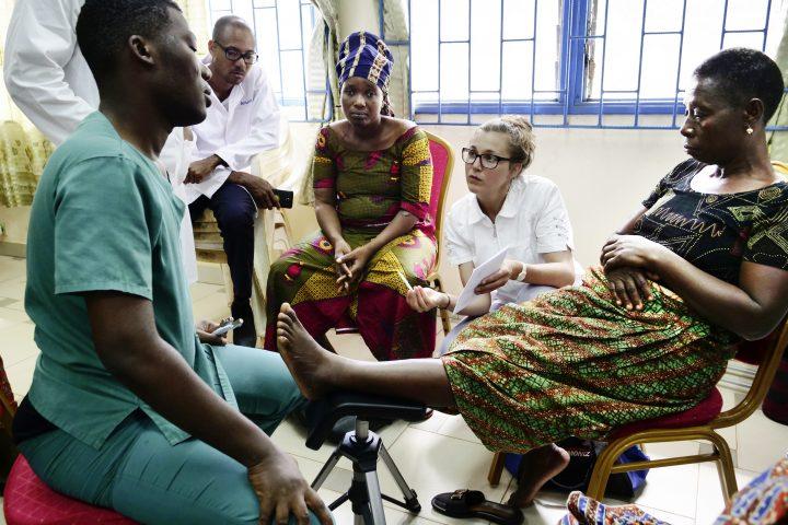 Elle lutte contre un fléau en Afrique