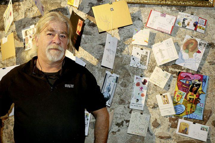 L'art postal s'expose à Denens