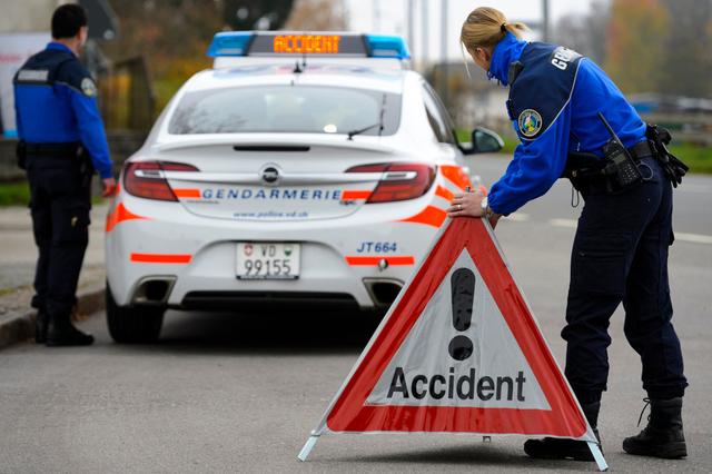 Accident de la route avec blessé