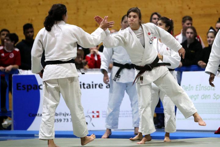 Le sport toujours plus fort et plus féminin