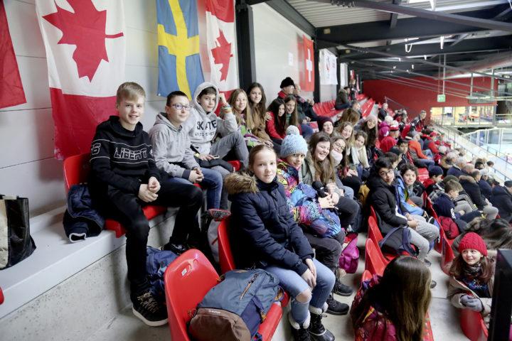 Le curling fait carton plein à Champéry