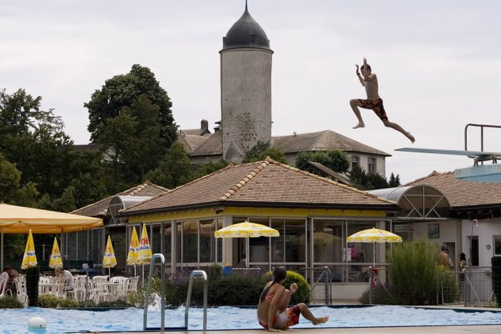 Piscines du coin en eaux troubles