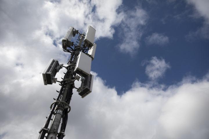 Réticences à l'égard d'une antenne 5G