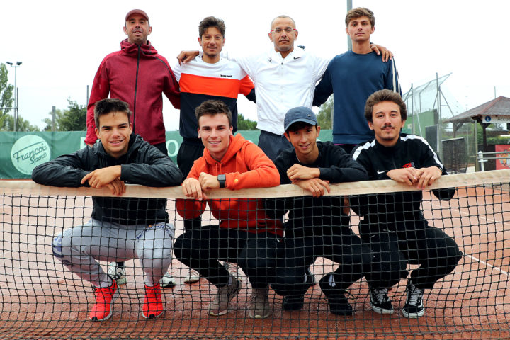 Les interclubs de tennis commencent une saison à blanc