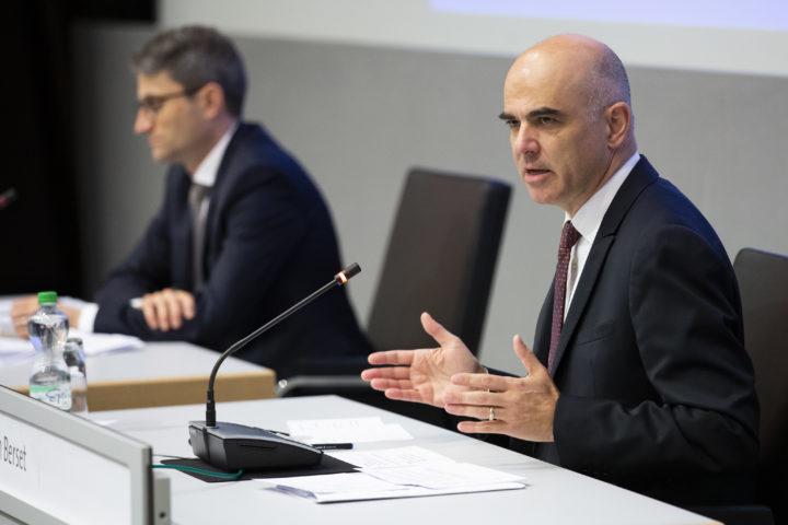 Le Conseil fédéral tient à une réouverture progressive