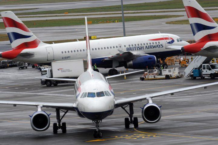 Liaisons aériennes coupées avec le Royaume-Uni et l'Afrique du Sud