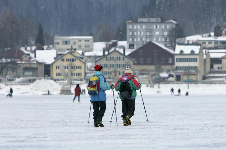 Même s'il gelait, le lac de Joux serait interdit au public