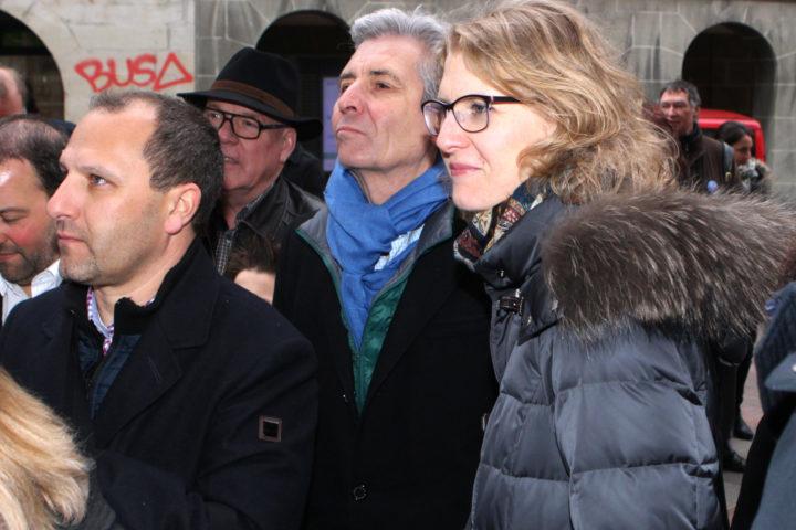 Morges, le 28 fŽvrier 2016. Elections communales. Devant l'H™tel de Ville. De gauche ˆ droite, Jean-Jacques Aubert, MŽlanie Wyss-Pittet  (PLR).©Francois Moesching