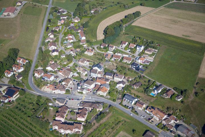 Vue aérienne de Montherod. Photo: Locher