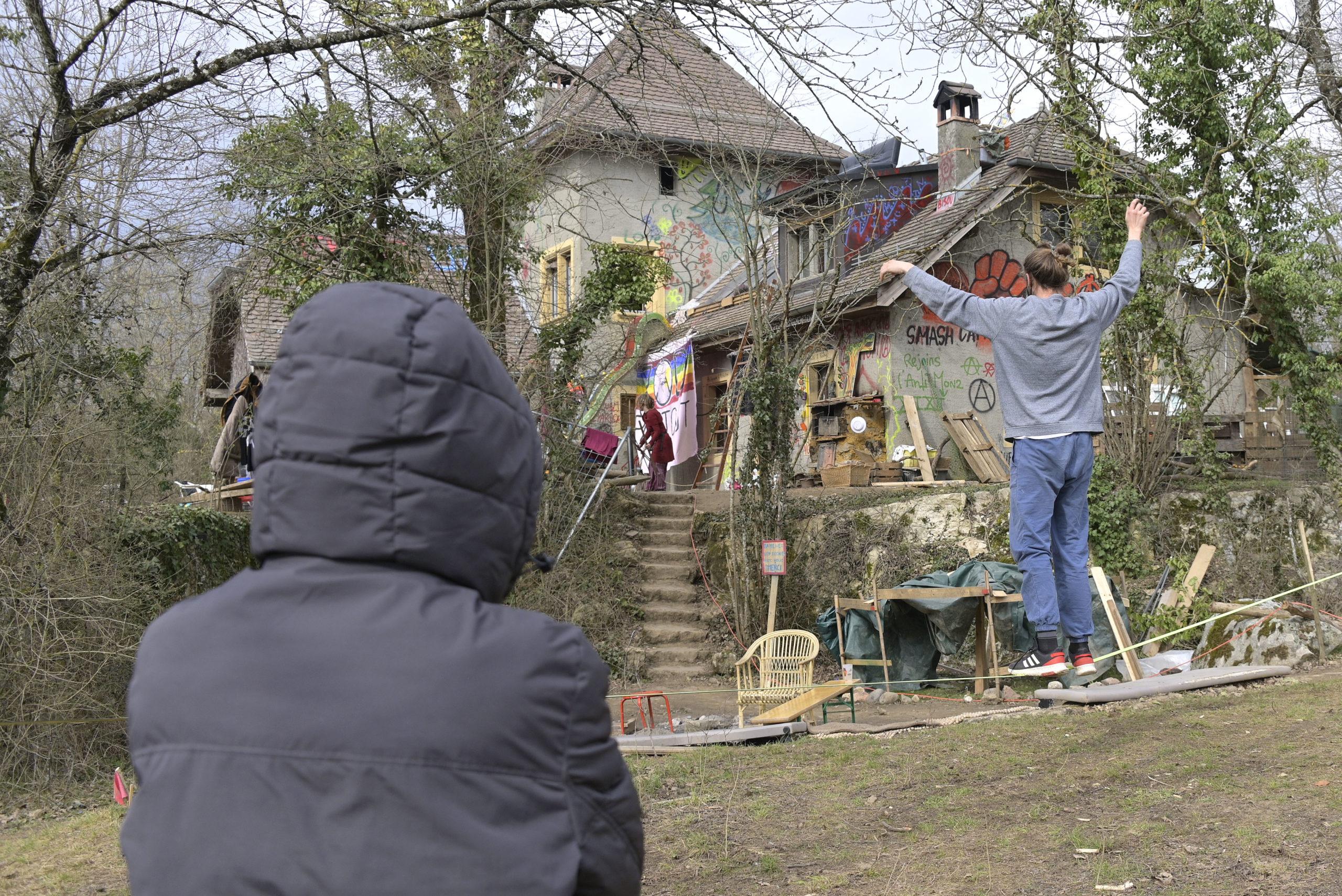 ZAD: Jacques Dubochet appelle à une évacuation pacifiste