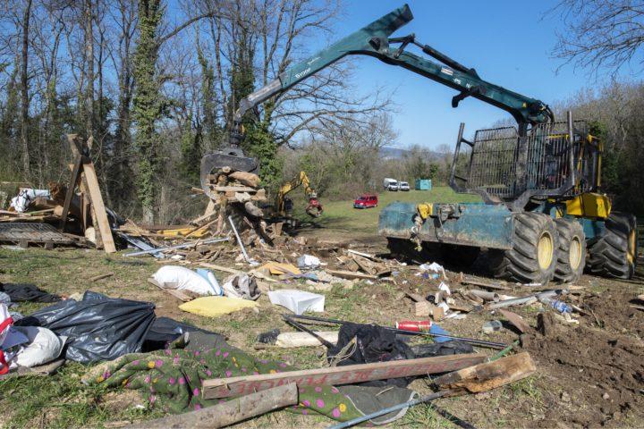 Maison rasée, panneaux volés, la ZAD fait encore parler d'elle