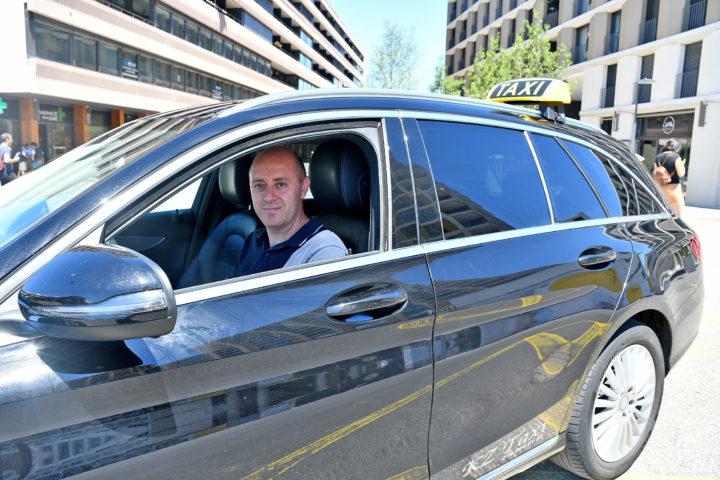 Un chauffeur de taxi remonté contre la ville