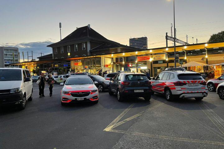 Un homme mortellement blessé par un policier à la gare!