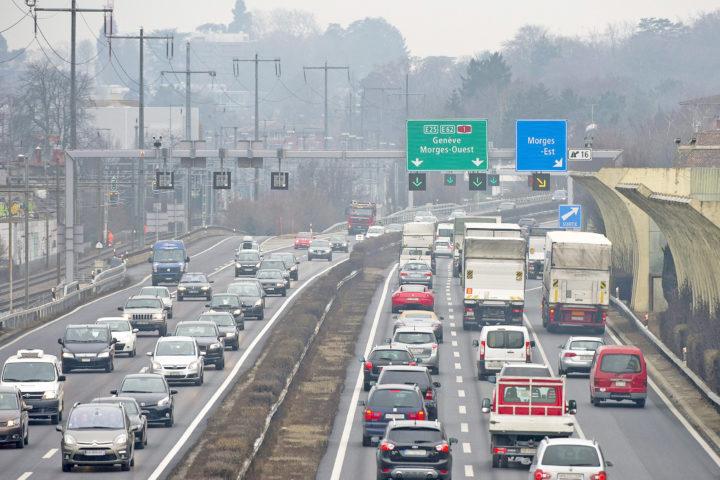 Le bruit de l'autoroute fait jaser