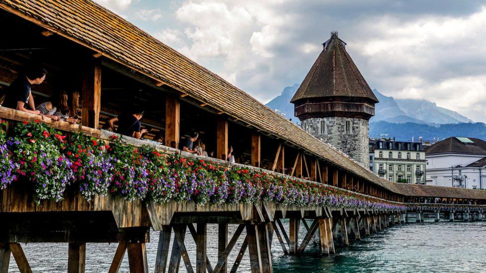 Le Canton de Vaud invente le logiciel faiseur de Suisses